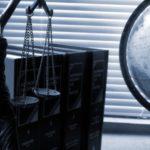 Заставка для - Поддержка юридического департамента Руси сидящей в 2021 году